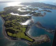 http://www.turismoruralchile.cl/op/chiloe/img/isla-chiloe.jpg